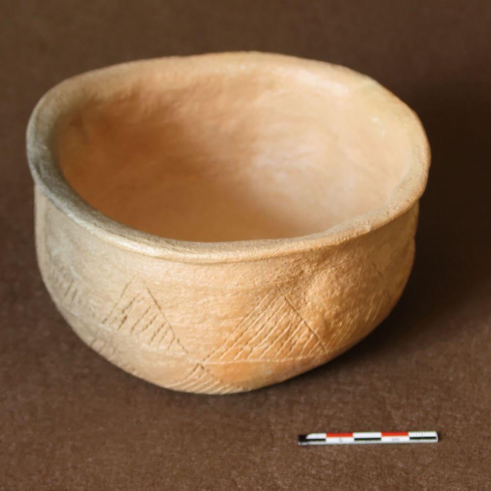 Bol néolithique - C001