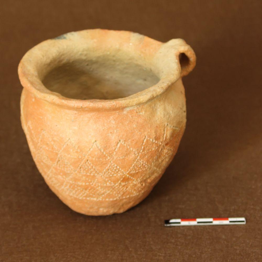 Pot de l'âge du Bronze - C008